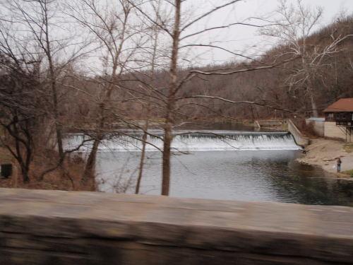 2008-11-29pic056(Bennett Spring State Park)(resized)