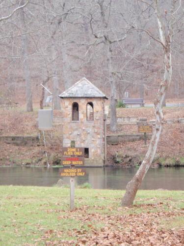2008-11-29pic057(Bennett Spring State Park)(resized)
